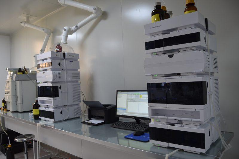 Высокоэффективная жидкостная хроматография (HPLC)